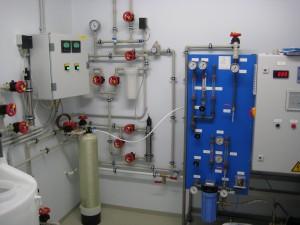 Ultrapuhta vee tootmise süsteem